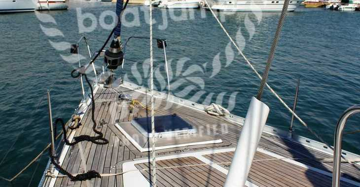 Rent a sailboat in Club Naútico de Sant Antoni de Pormany - Jeanneau Sun Odyssey 51