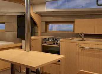 Alquilar velero Beneteau Oceanis 38 Cruiser en Puerto de blanes, Girona