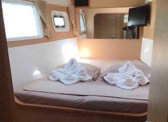 Alquilar catamarán Lagoon 440 en Playa Talamanca, Ibiza (ciudad)