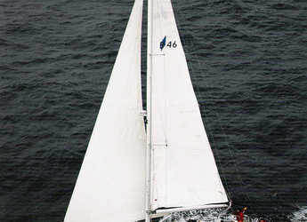 Rent a sailboat in Marina Real Juan Carlos I - Bavaria 46 Cruiser