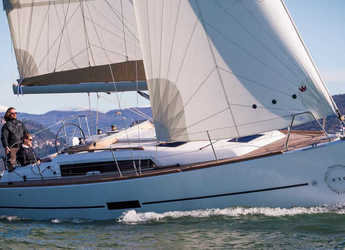 Chartern Sie segelboot Dufour 310 in Marina Baotić, Seget Donji