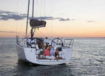 Rent a sailboat Sun Odyssey 349 in Marina di Portorosa, Portorosa