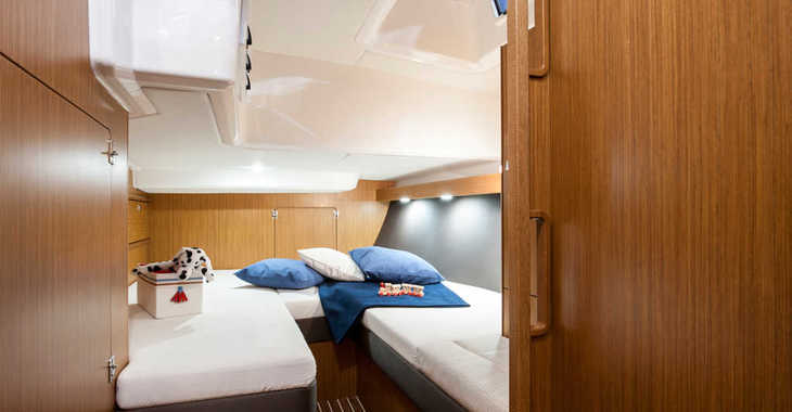 Rent a sailboat in Alimos Marina Kalamaki - Bavaria Cruiser 56