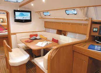 Chartern Sie segelboot in Yacht Haven Marina - Harmony 47
