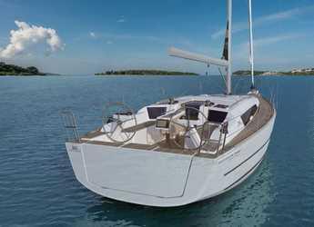 Rent a sailboat Dufour 360 Grand Large in ACI Jezera, Jezera