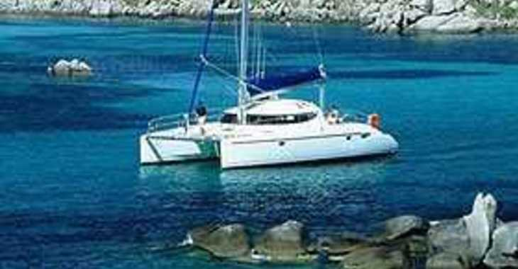 Rent a catamaran in Marina di Nettuno - Lavezzi 40