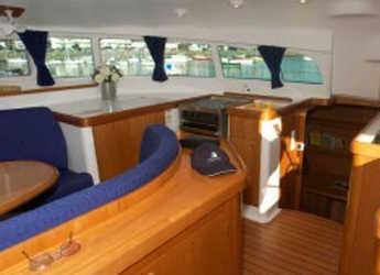 Alquilar catamarán Lagoon 410 S2 en Porto di Tropea, Tropea