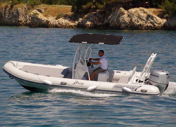 Rent a motorboat in Marina Sukosan (D-Marin Dalmacija) - Highfield Patrol 660