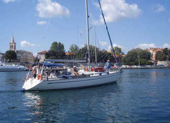 Rent a sailboat in D-Marin Borik - Bavaria 44