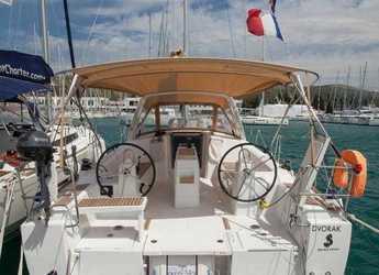 Alquilar velero Oceanis 38 en Marina Baotić, Seget Donji