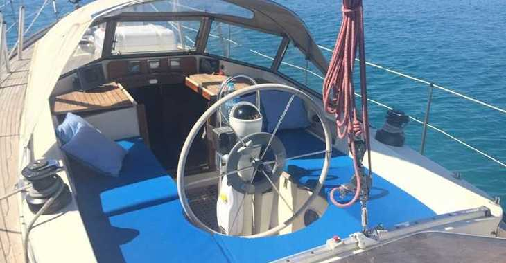 Rent a sailboat in Gandia - Hallberg-Rassy 35