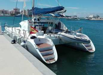 Rent a catamaran in Marina Formentera - LAGOON 380 S2