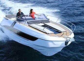 Rent a motorboat in Port Mahon - Beneteau Flyer 8.8