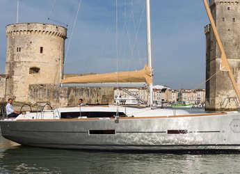 Alquilar velero Dufour 382 Grand Large (3Cab) en Alimos Marina Kalamaki, Atenas
