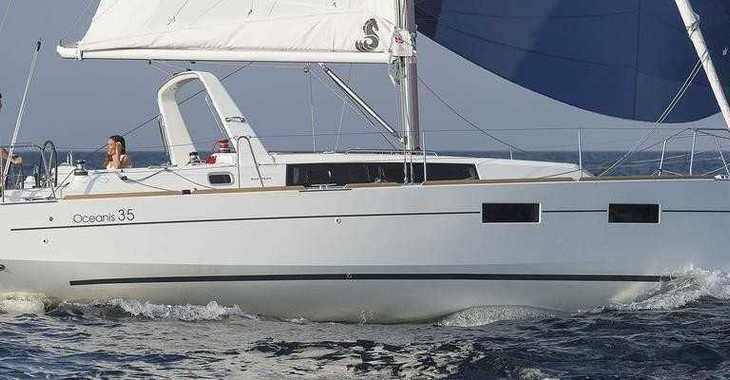 Rent a sailboat Oceanis 35 Cruiser in Port Mahon, Mahon
