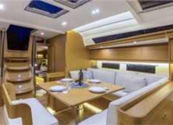 Chartern Sie segelboot Dufour 520 Grande Large (4Cab) in Cecina, Italien