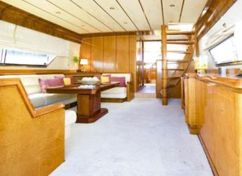 Alquilar yate Astondoa 67 GLX en Club de Mar, Palma de mallorca