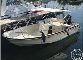 Rent a motorboat in Puerto de Santa Pola - Boston Whaler 400
