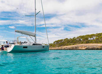 Rent a sailboat in American Yacht Harbor - Ocenis 41.1