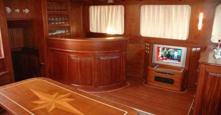 Rent a schooner in Marina Ibiza - Goleta Turca 80