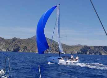 Chartern Sie segelboot Pogo 30 in Port Roses, Girona