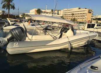 Rent a dinghy in Marina Ibiza - Zodiac N-ZO 760