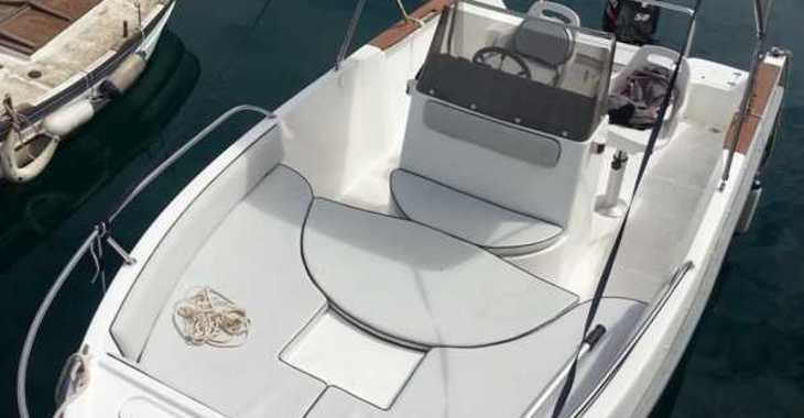 Rent a motorboat in Marina Palamos - Astec 540 Open