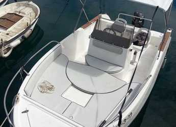 Rent a motorboat Astec 540 Open in Marina Palamos, Palamos