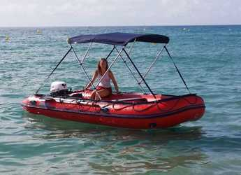 Rent a dinghy Goldenship in Marina Palamos, Palamos