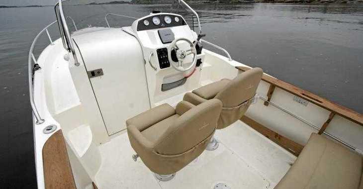 Rent a motorboat in Marina Palamos - Capelli Cap 21