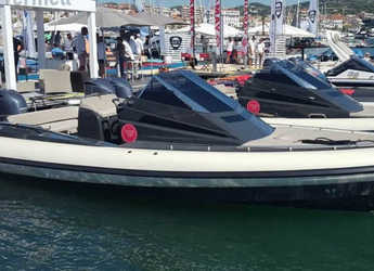 Rent a dinghy in Marina Porto Cristo - Lomac 8.5 GT