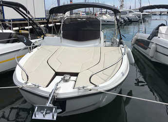 Rent a motorboat in Club Nàutic Estartit - Beneteau Flyer 6.6 Sundeck