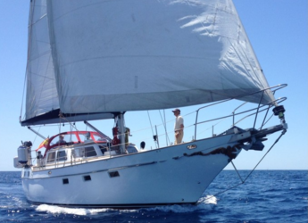 Rent a sailboat in Port of Pollensa - Belliure 50