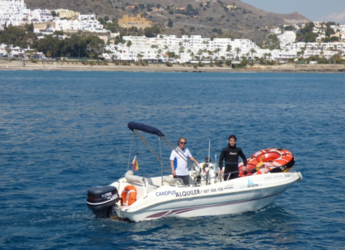 Rent a motorboat in Garrucha - Astromar Open 950