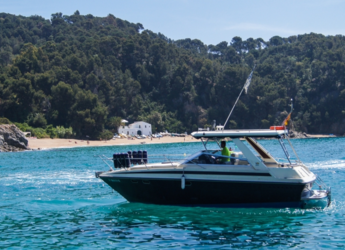 Rent a motorboat in Puerto de blanes - Sunseeker Portofino 31