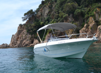 Chartern Sie motorboot in Puerto de blanes - Pacific Craft 670 Open