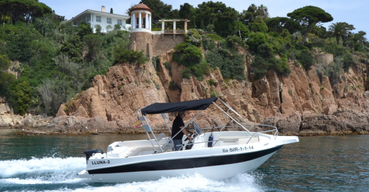 Rent a motorboat in Puerto de blanes - Shiren 22 Open