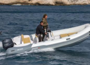 Rent a dinghy Predator 570 in Es Portitxol, Palma de mallorca