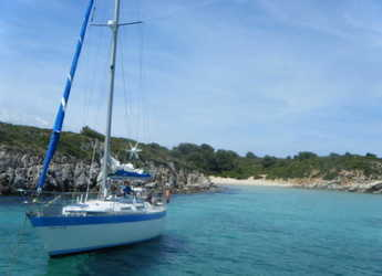 Rent a sailboat in Port of Fornells - Wauquiez Gladiateur 34