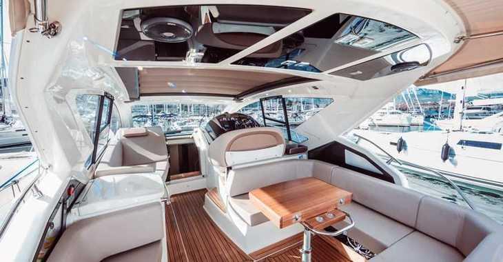 Rent a yacht in Marina Mandalina - Cranchi M44 HT