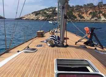 Rent a sailboat in Club Náutico Ibiza - Comet 52 RS