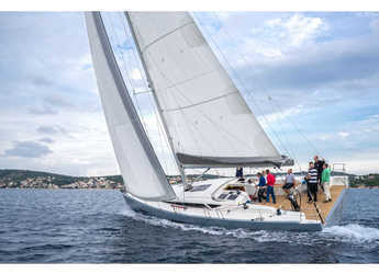Rent a sailboat in Rodney Bay Marina - More 55