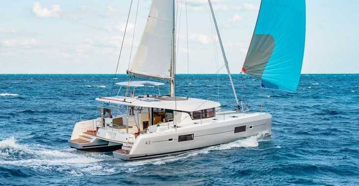 Rent a catamaran in Marina Gouvia - Lagoon 42