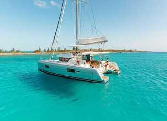 Rent a catamaran in Port Lavrion - Lagoon 42 A/C & GEN