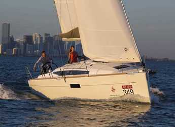 Rent a sailboat Sun Odyssey 349 in Port Lavrion, Lavrion