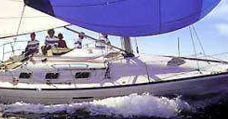 Rent a sailboat in Marina Palamos - First 33.7