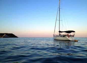 Alquilar velero First 33.7 en Marina Palamos, Palamos
