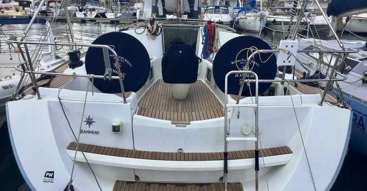 Rent a sailboat in Marina Palamos - Sun Odyssey 42 i