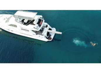 Rent a yacht in Stobreč Port - Fairline Squadron 59