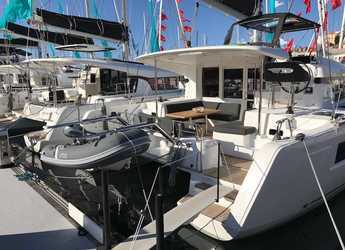 Chartern Sie katamaran in Cala dei Sardi - Lagoon 40